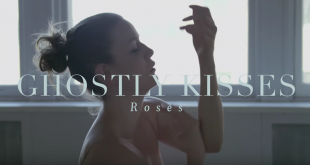 Ghostly Kisses - Roses